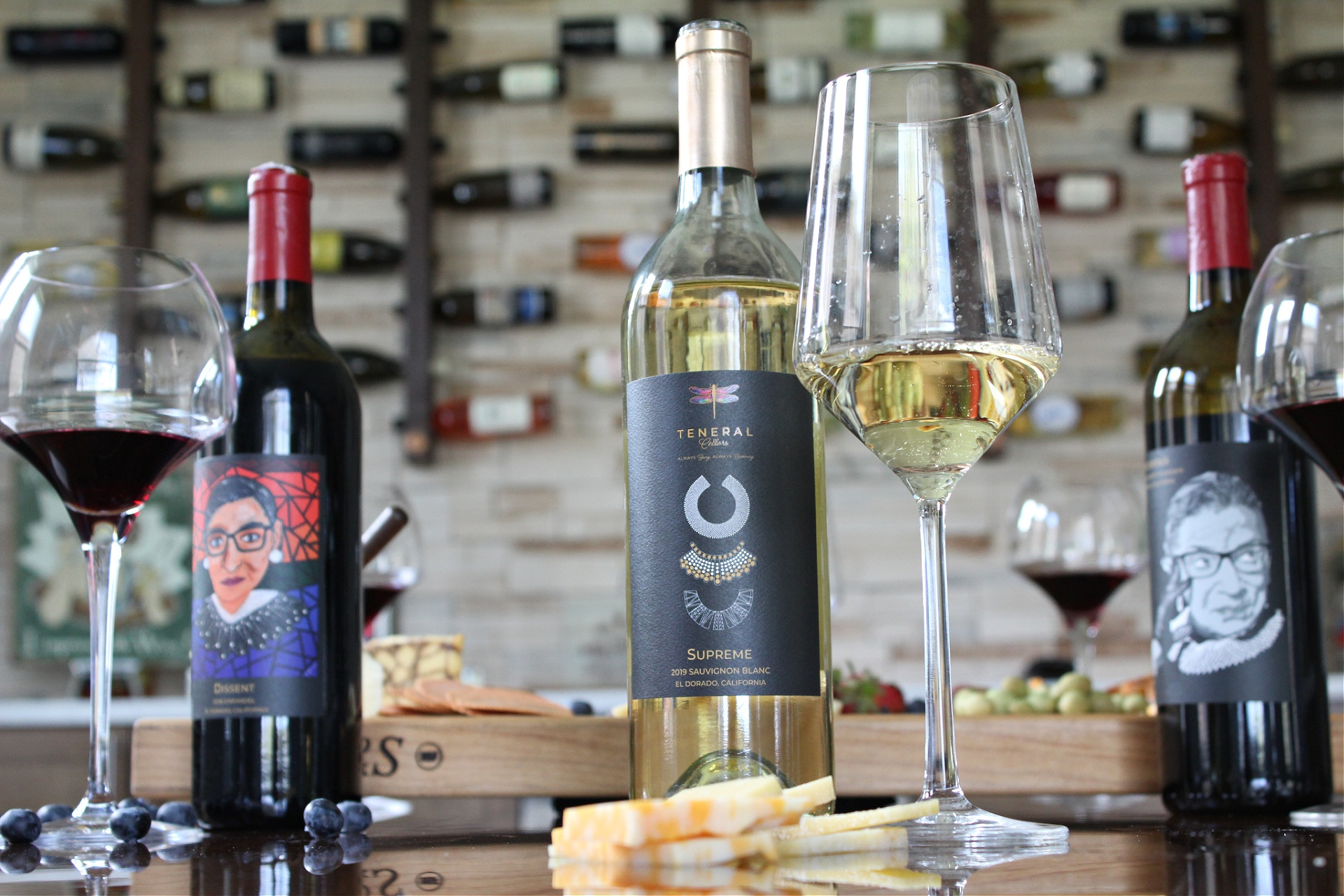 Tips For Hosting A Cheese and Wine Tasting