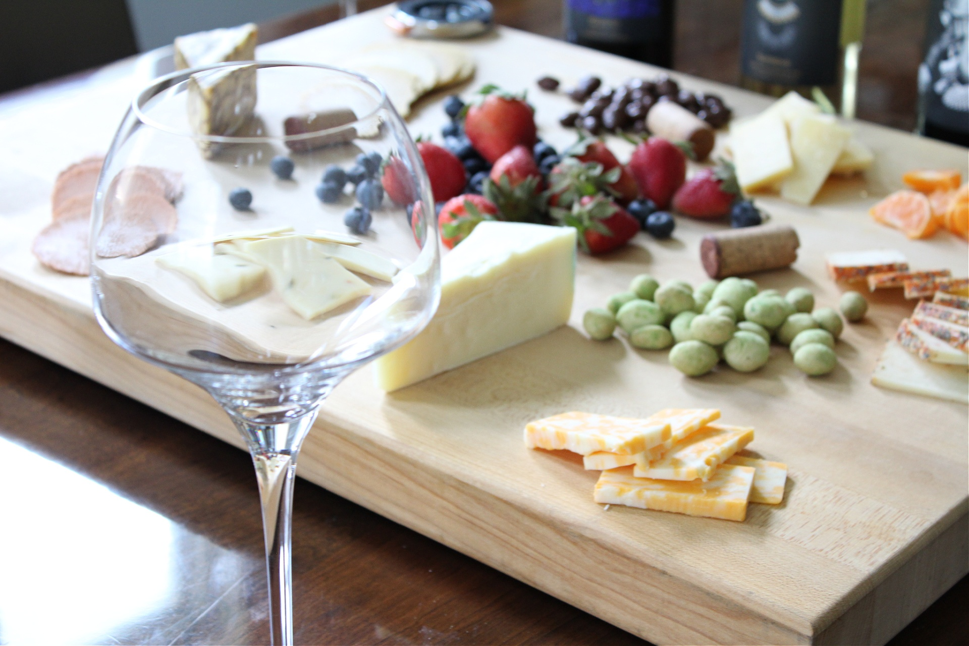Hosting A Cheese and Wine Tasting Party