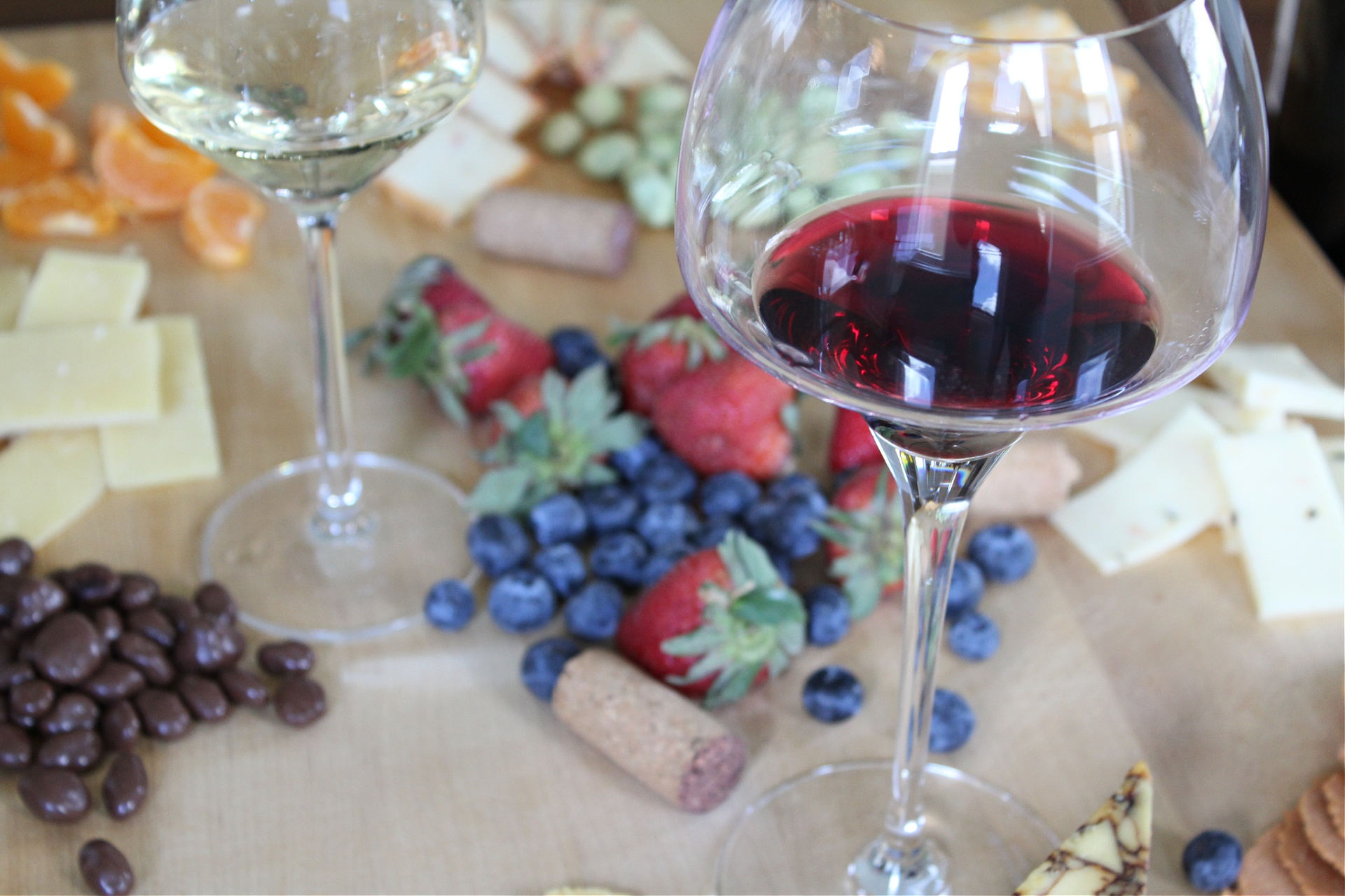Hosting The Best Wine and Cheese Tasting Party