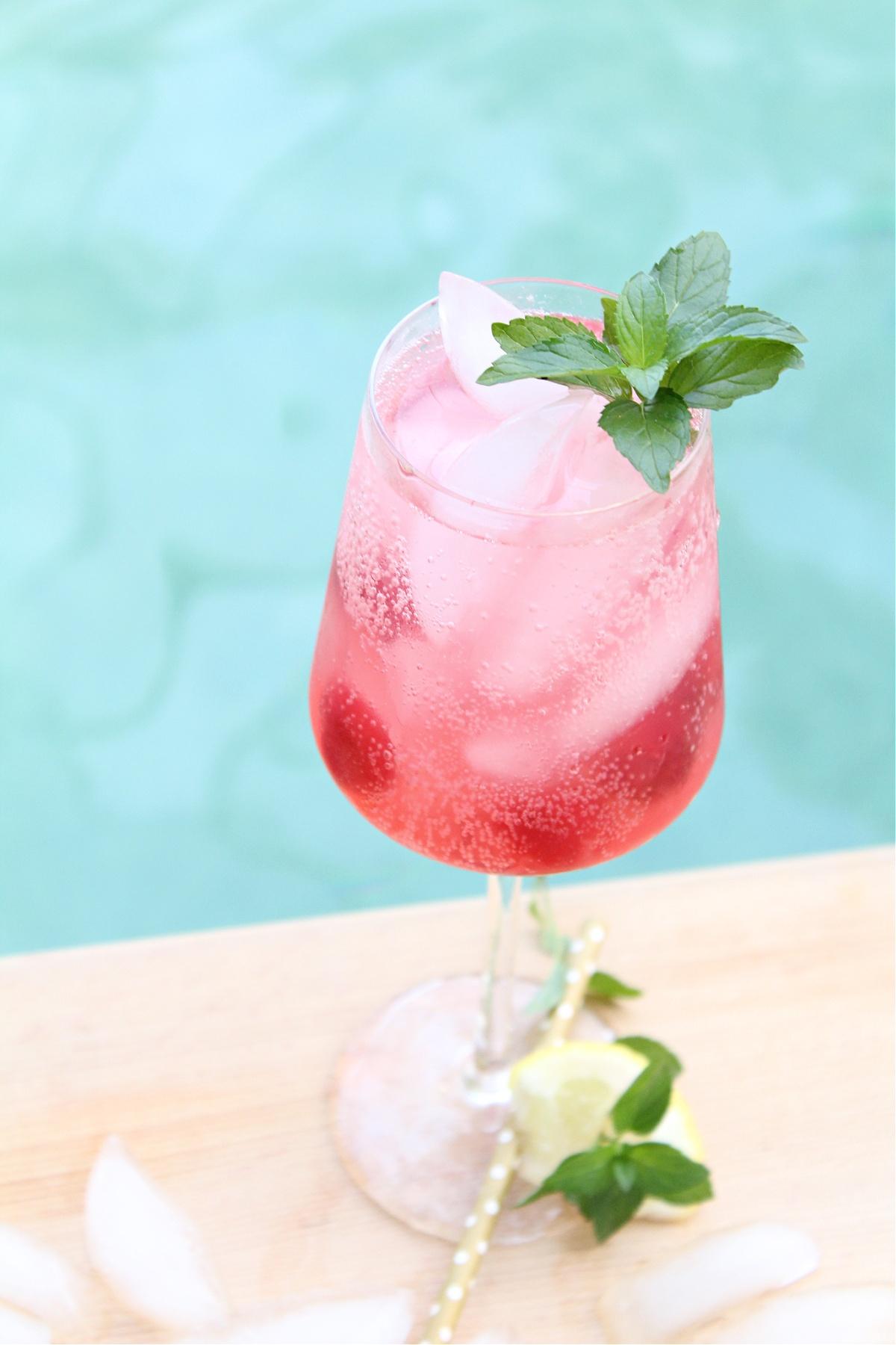 Best Cherry Lemonade Vodka Cocktail