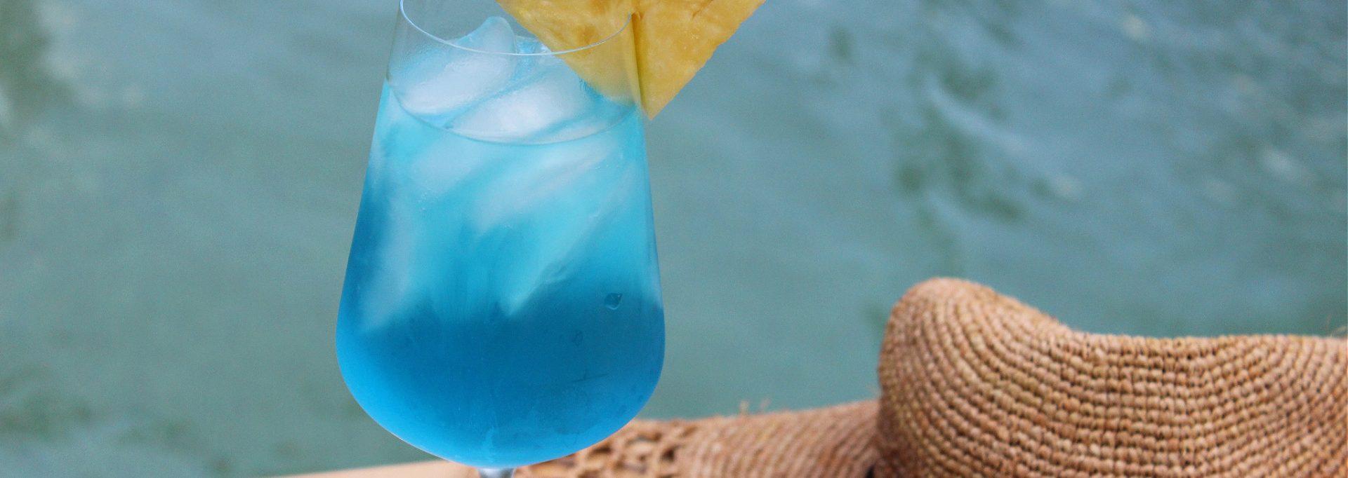 blue wine cocktail