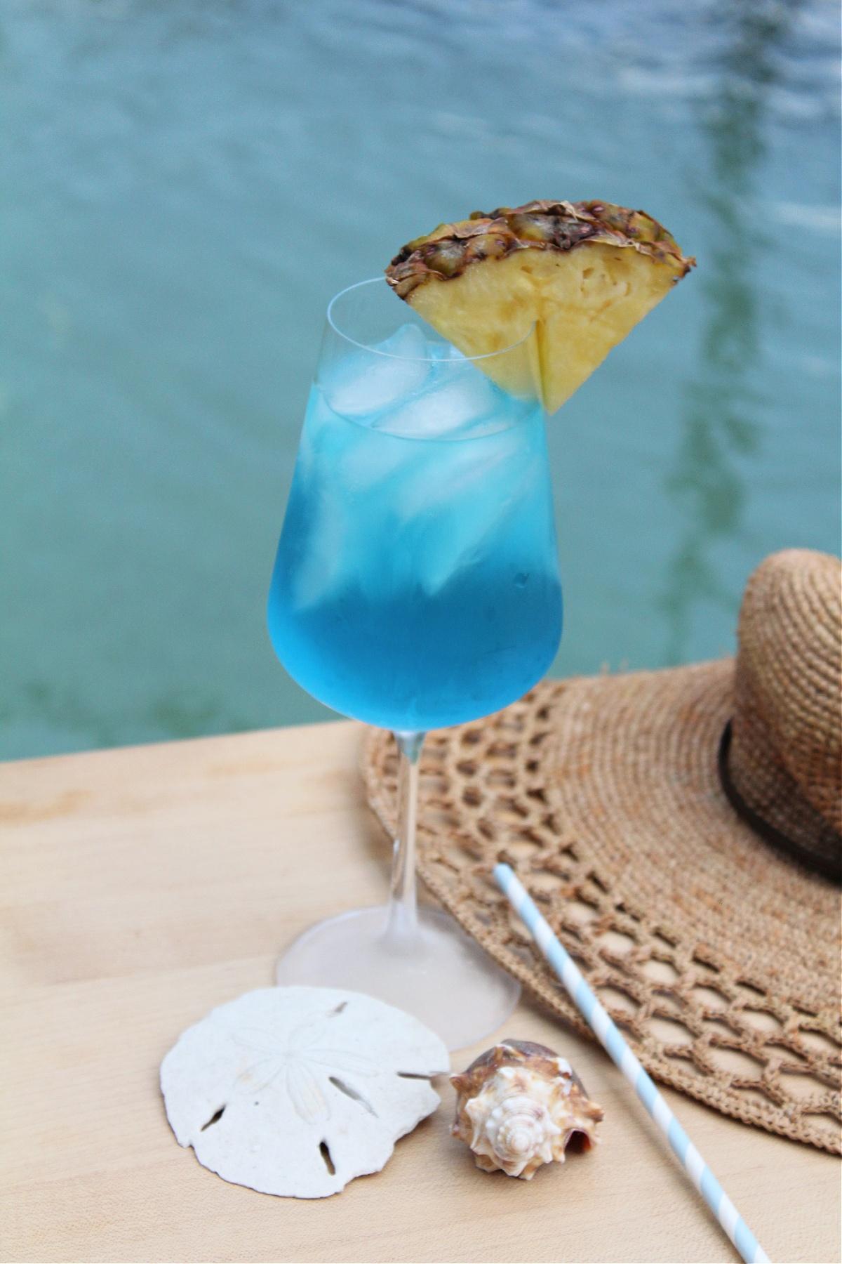 Easy Ocean Waves Vodka Wine Cocktail