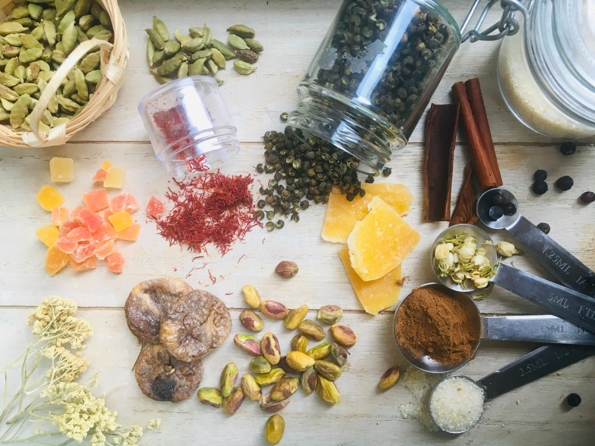 Best Sauces and Spices To Have at Home