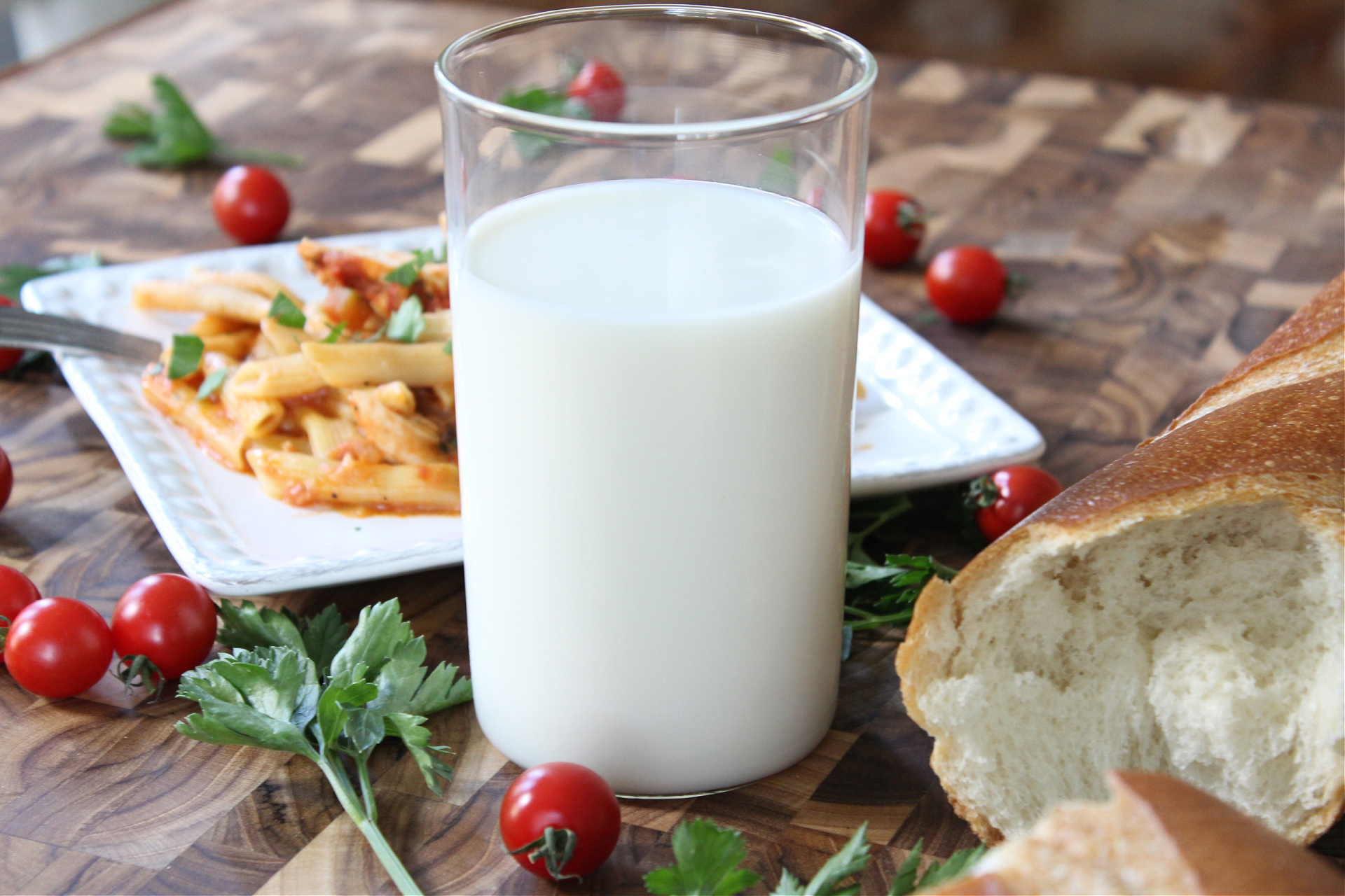 Best Crockpot creamy chicken pasta